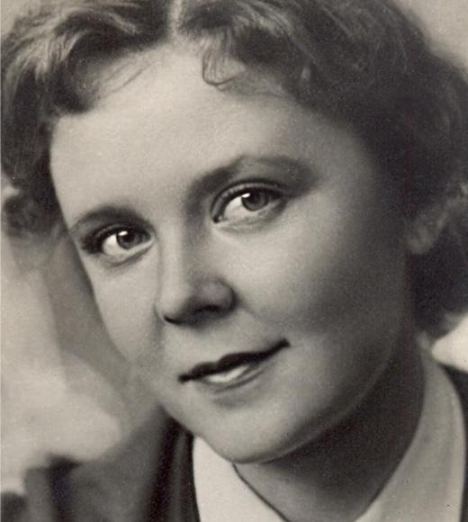 Roza Makagonova